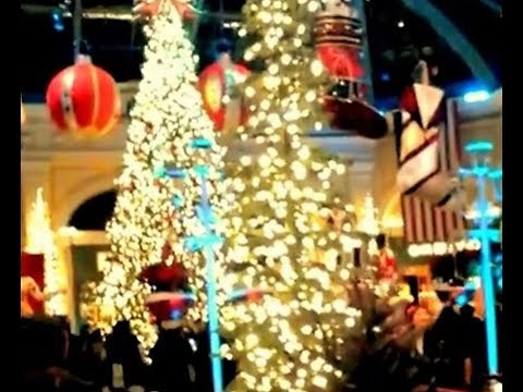 CHRISTMAS AGAIN - LAS VEGAS - SHORT