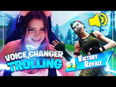 TROLLING SPANISH PLAYERS WITH A VOICE CHANGER! (Fortnite: Battle Royale) | KittyPlays