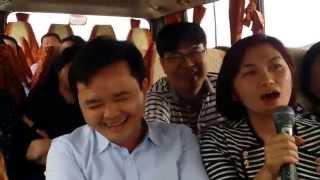"""LAO CAI - SAPA 2015 - """" CA MUA NHAC TREN ĐƯỜNG ĐI """""""