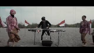 Video Lagu Nasional - Tanah Air ( cover ) - EDM x Gamelan by Alffy Rev ft Bianca jodie & Gasita Karawitan download MP3, 3GP, MP4, WEBM, AVI, FLV Juli 2018