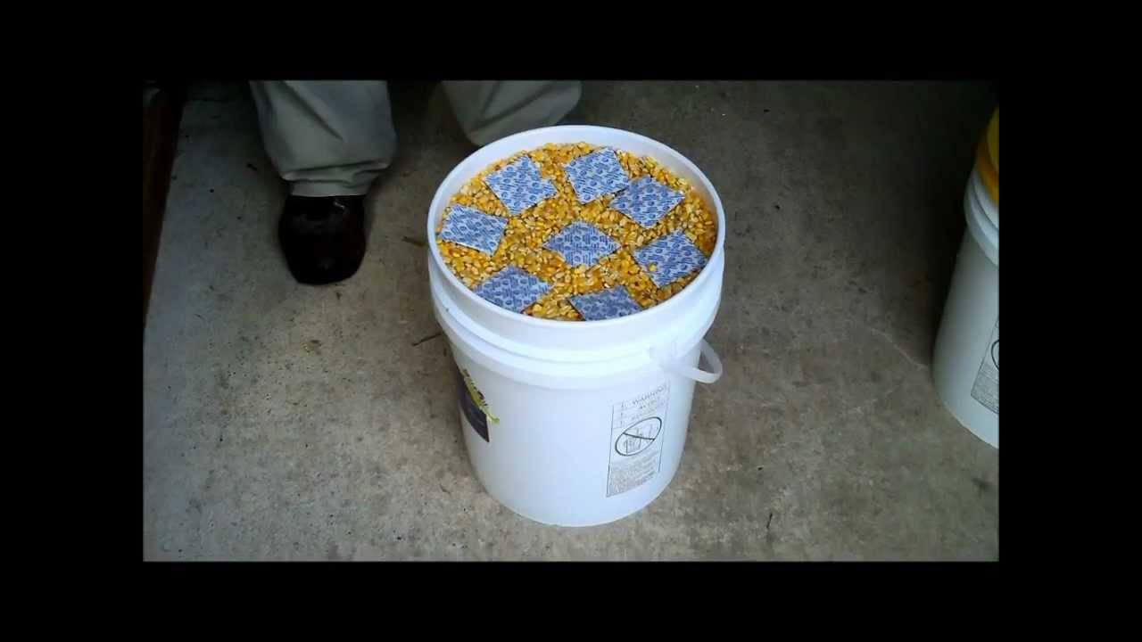 Food Storage Resealing 5 Gallon Bucket Due To Bad Lid