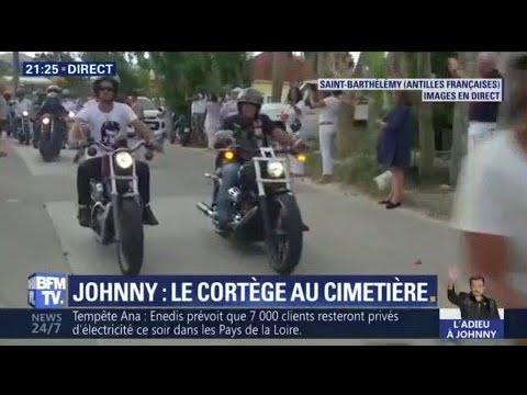 Saint-Barthélemy: le cortège funéraire de Johnny accompagné de bikers se rend au cimetière