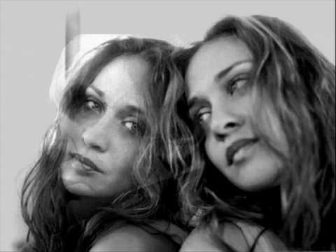Johnny Cash and Fiona Apple - Bridge Over Troubled Water