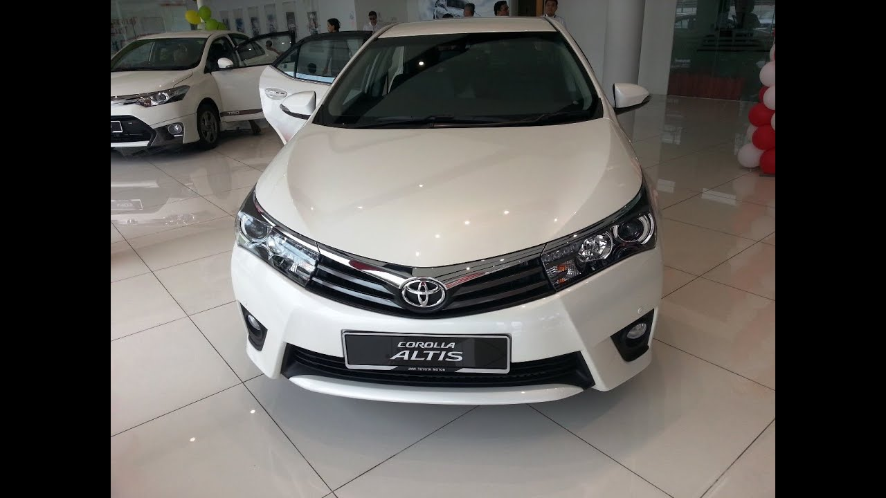 The New 2014 Toyota Altis Launched Malaysia Interior