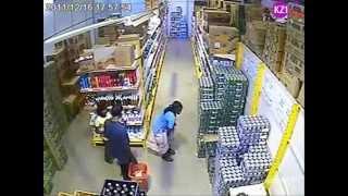 видео с камеры наблюдения в магазине