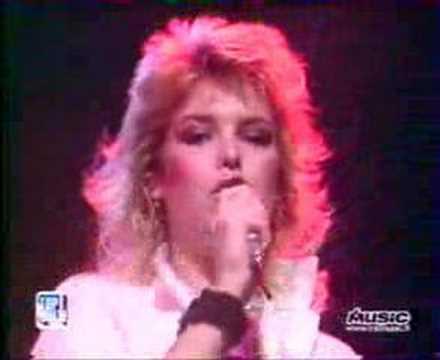 Kim Wilde Love Blonde (Top of the pops)