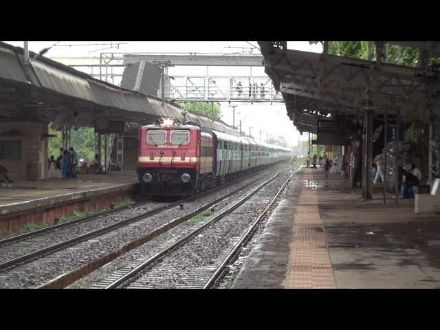 RANAKPUR EXPRESS IN FULL GLORY ON A WET RAINY DAY Travel Video