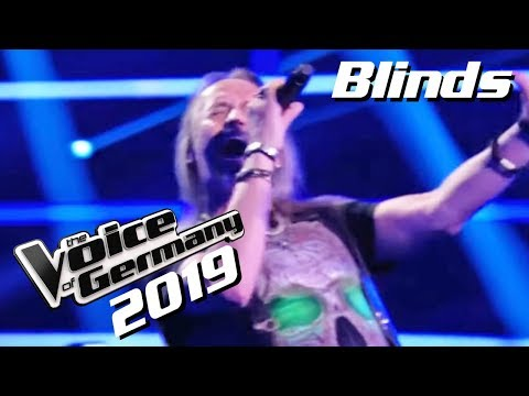 AC/DC - You Shook Me All Night Long (Stiletto Stohl) | The Voice of Germany 2019 | Blinds