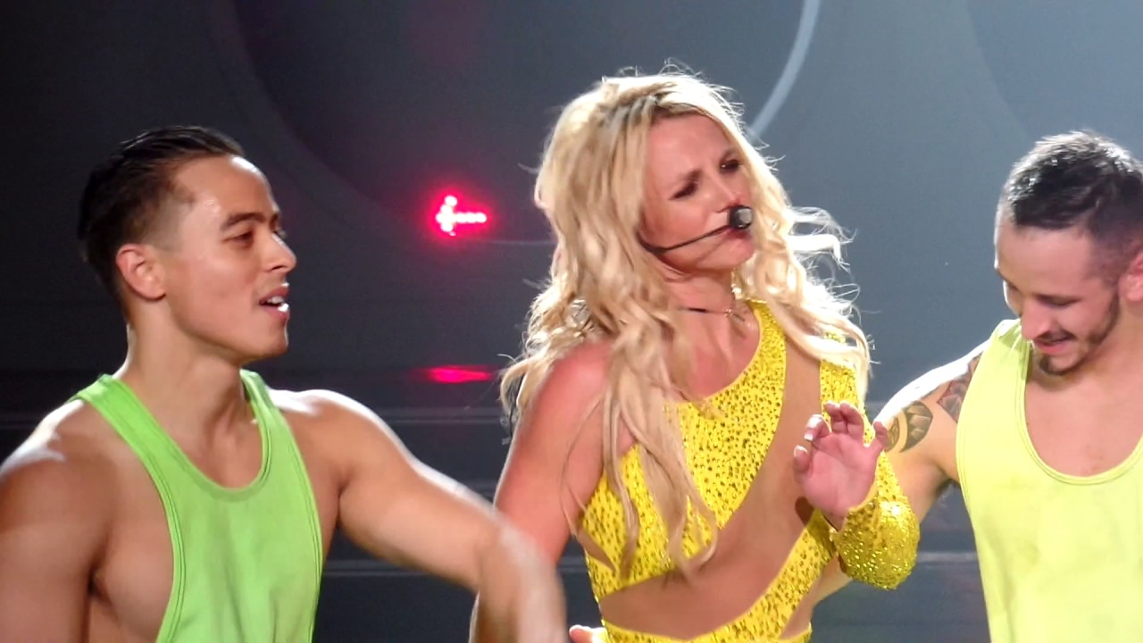 Britney Spears - Missy mix @ Planet Hollywood Las Vegas ...