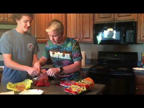 How to make a SPICY MCCHICKEN: Jz Cracker Foods