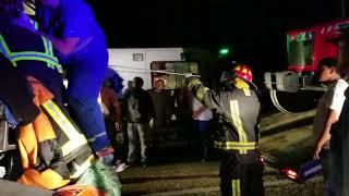 Video: Impresionante choque entre camiones en la ruta 9/34