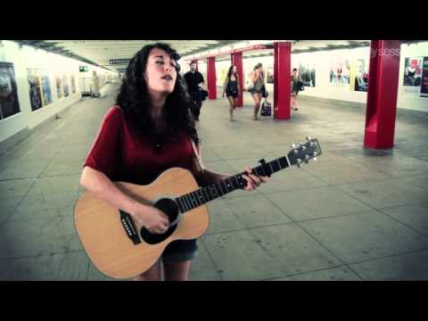 Subway Sessions: Rosi Golan - Can't Go Back