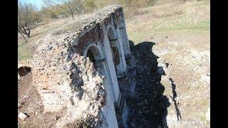 Субботник на руинах Бернардинского монастыря