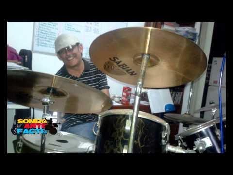 """Please Don´t Go"" KC & THe Sunshine Band (Cover) Sonido Arte Facto thumbnail"