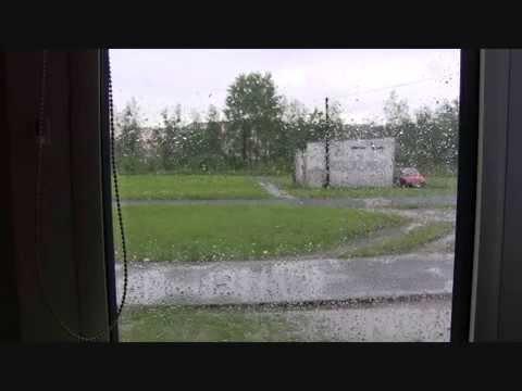 deszcz na osiedlu
