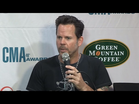 Gary Allan Interview | CMA Awards 2012 | CMA