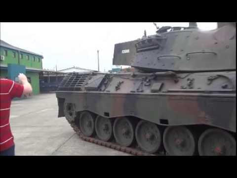 Leopard 1A5 - Engine start