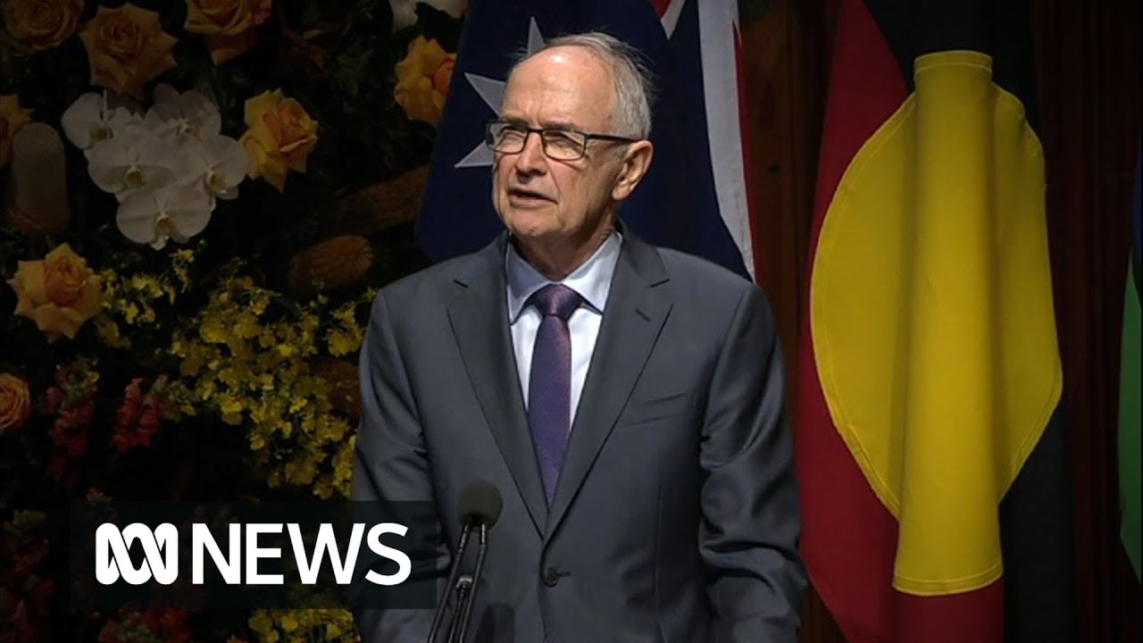 """Download Hawke Memorial: Ross Garnaut recalls Bob Hawke saying """"we should be the clever country"""" 