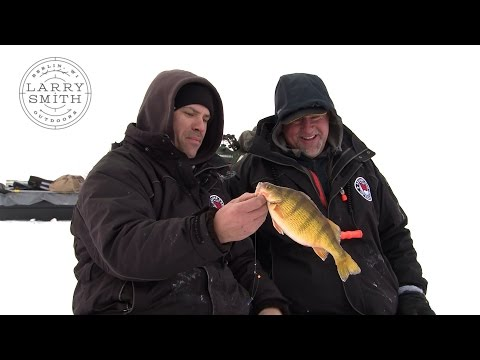 Larry Smith Outdoors - North Dakota Ice with the Beaver Dam Team