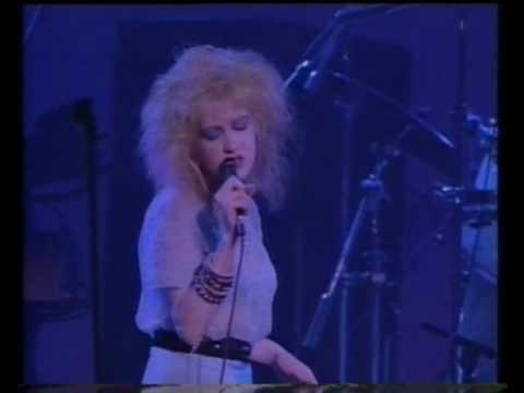 Download Cyndi Lauper- Time after time ( The True Colour Tour live in Paris, France 1987 )