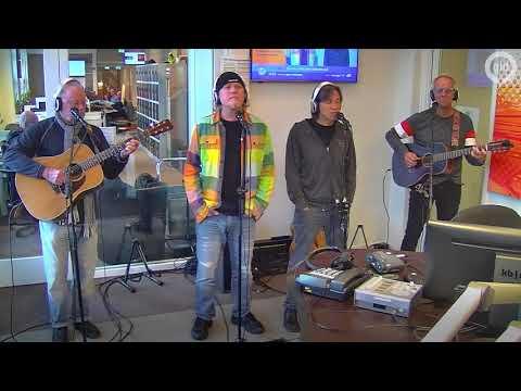 Venice zingt River bij Radio Gelderland