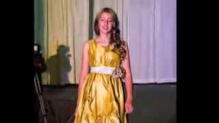 Alice in Fashionland - Runway modeling
