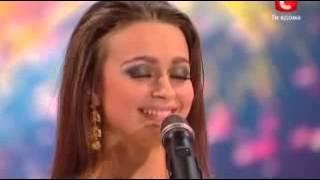 الفتاة الحسناء التي سحرت العالم بأكمله رقص شرقي برنامج مواهب أكرانيا  YouTube