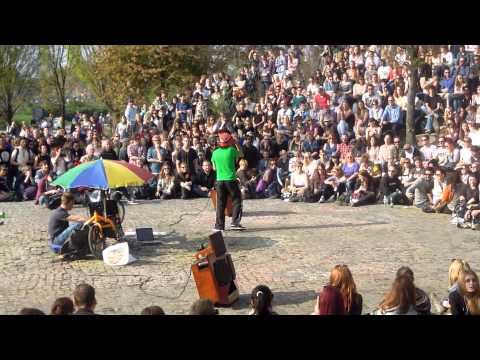 Michael Jackson impersonator sings Billy Jean at Berlin Karaoke Mauerpark Flohmarkt April 2014
