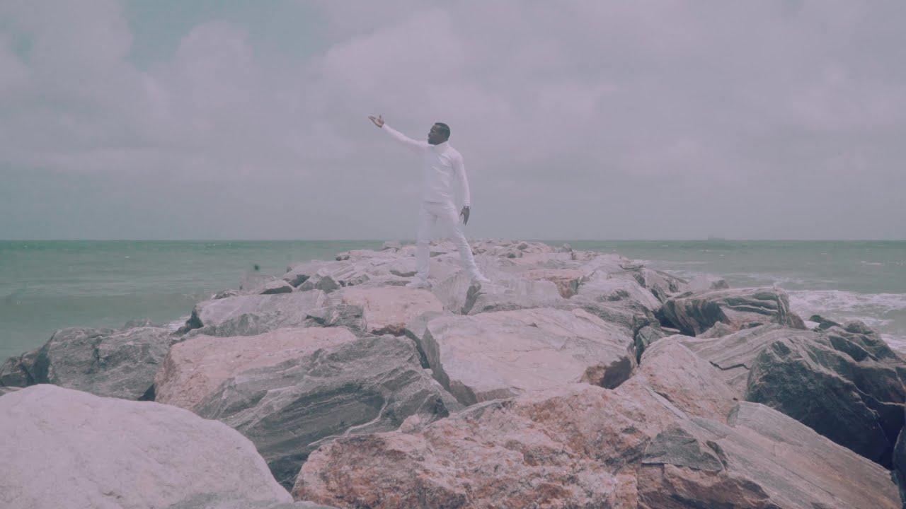 HOLY SPIRIT - Alade De Saint  [@Gbolajobi]