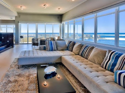 Glamorous Waterfront Penthouse in Destin, Florida