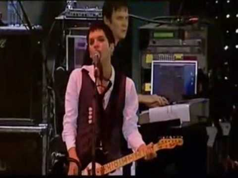 "PLACEBO  ""Twenty Years"" live at Vieilles Charrues 2006"