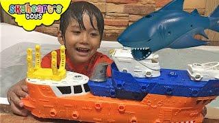 SWIMMING SHIP AND SHARK toys for kids - Matchbox Mega Rig Shark Adventure Playset children attack