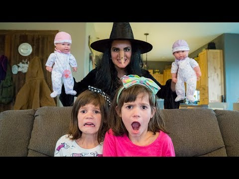 Wicked Witch STEALS princess BABIES from Twins Kate & Lilly!!