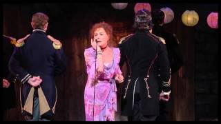 Zoe Wannamaker Sings