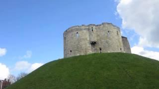 England - York Bus Tour and Medieval Toilet