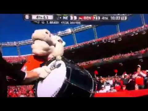Denver Broncos mascot gets told to shut up