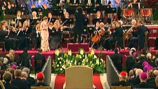 "Hilary Hahn - ""Violin Concerto No. 3 in G major, K. 216"""