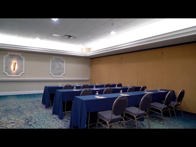 Rosen Plaza Single Salon Classroom Set