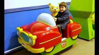Alex Ride on Car Having Fun -Kids Song