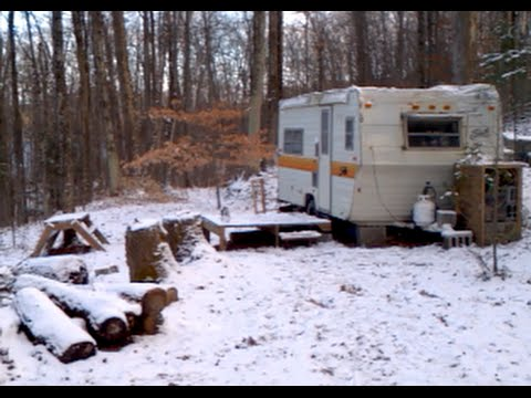Off Grid Propane Electric Camper Trailer In Winter Youtube