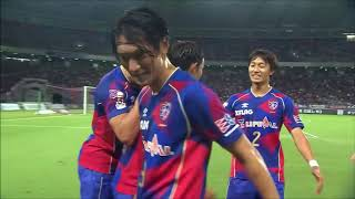 相手ゴール前で数的優位の状況を作り出すと、最後は東 慶悟(FC東京)が...