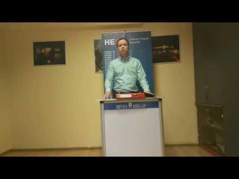 Nyitrai Zsolt tájékoztatója a Heves Megyei Hírlap szerkesztőségében