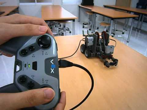 VEX IQ Clawbot Test - YouTube