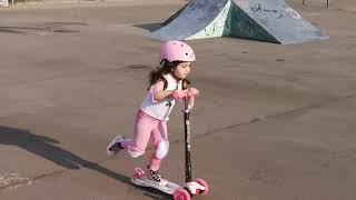 ميكروفون أطفال، اسيل تحب العالم ❤️ اسيل مهارات سكوتر للأطفال😅😂 Skoter Kinder Scooter