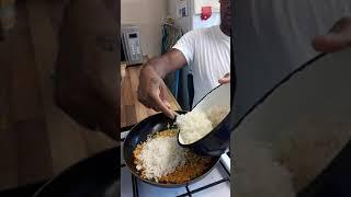 Paraplegic wheelchair Cook 👨🍳 cooking (Tumeric rice)