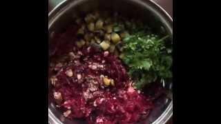 Свекольный салат со свежей сливой
