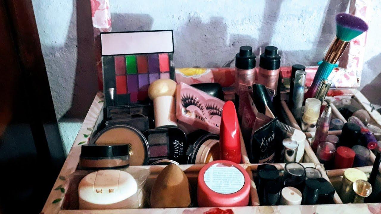Dia de limpeza e organização/maquiagem ???? não deu certo.