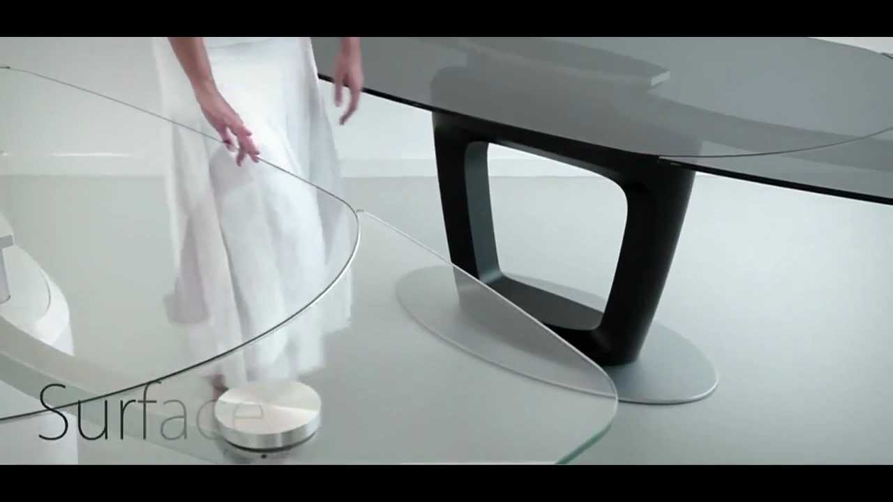 Table Extensible Design Italien www.calligaris-store orbital table extensible haut de gamme.mp4