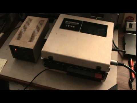 AKAI VTS-110dx Portable Video Tape Recorder Set 1/4 inch Tape