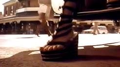 Priscilla - Königin der Wüste - Trailer (1994)